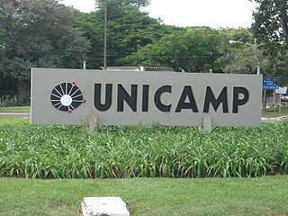 http://commons.wikimedia.org/wiki/File:Entrada_Unicamp_2.jpg