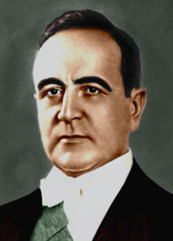 http://commons.wikimedia.org/wiki/File:Get%C3%BAlio_Vargas_-_1930.jpg