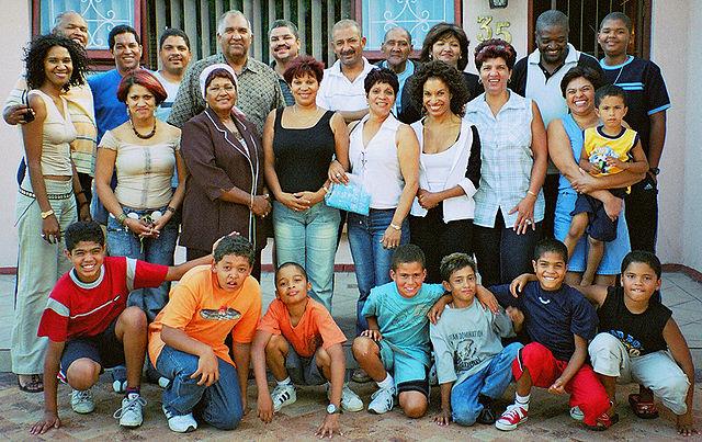 https://commons.wikimedia.org/wiki/File:Coloured-family.jpg
