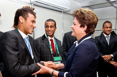 Article : Brésil 2014: dans l'ombre du ballon rond, le duel politique