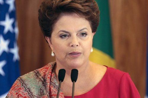 Article : Que raconte Dilma Rousseff aux footballeurs?