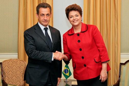 http://commons.wikimedia.org/wiki/File:Nicolas_Sarkozy_and_Dilma_Rousseff_(2011).jpg