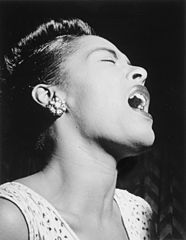 http://pt.wikipedia.org/wiki/Ficheiro:Billie_Holiday_0001_original.jpg