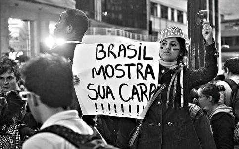 http://rota2014.blogspot.com.br/2015/03/dilma-sob-pressao-das-ruas.html