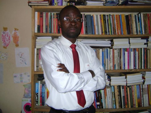 L'écrivain, philosophe et militant politique angolais, Domingo da Cruz | image @Facebook