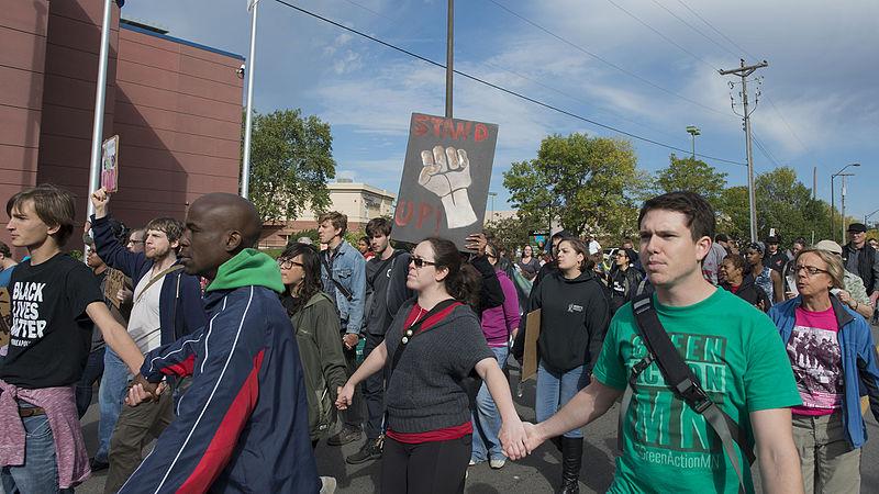 https://commons.wikimedia.org/wiki/File:Black_Lives_Matter_protest_against_St._Paul_police_brutality_(21578729135).jpg
