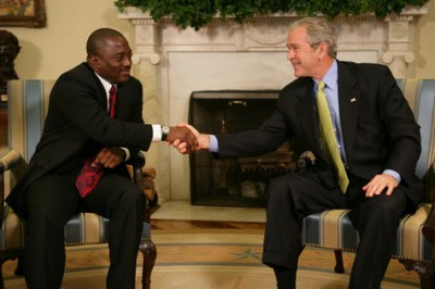 https://commons.wikimedia.org/wiki/File:Joseph_Kabila_with_George_Bush_October_26,_2007.jpg
