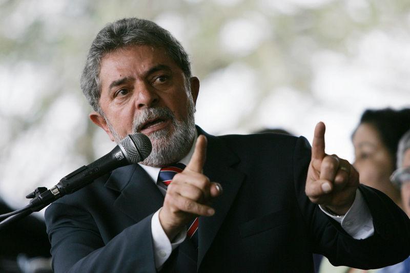 https://commons.wikimedia.org/wiki/File:Lula_Pernambuco115935.jpeg