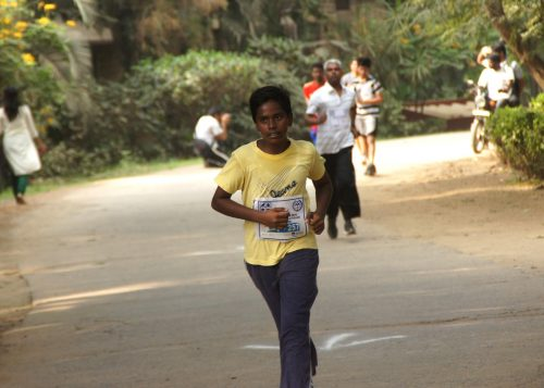 https://pixabay.com/photos/sport-running-marathon-boy-young-1496251/