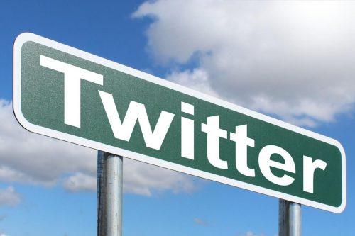 Twitter, la plateforme qui dicte le débat politique au Brésil - https://www.picserver.org/highway-signs2/t/twitter.html